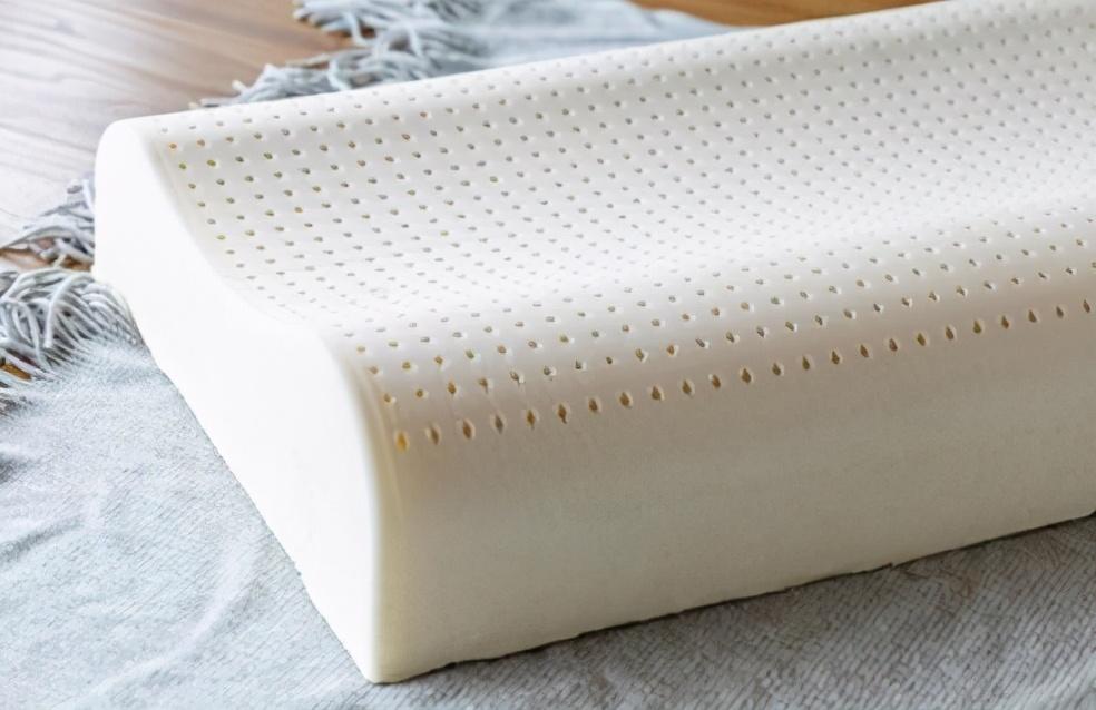 乳胶枕头不用清洗?真正乳胶其实只需擦洗就好
