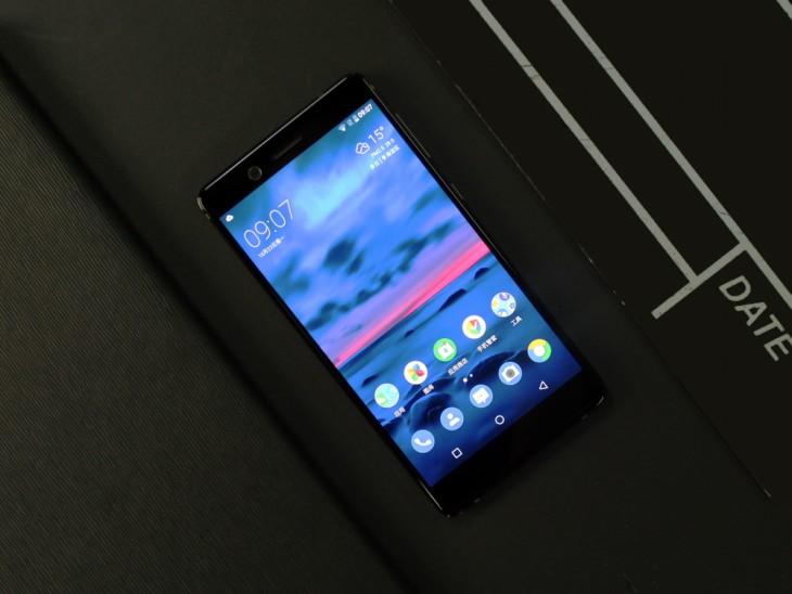 爱了爱了!Nokia1000元小屏新手机曝出:5寸屏 骁龙730 四摄