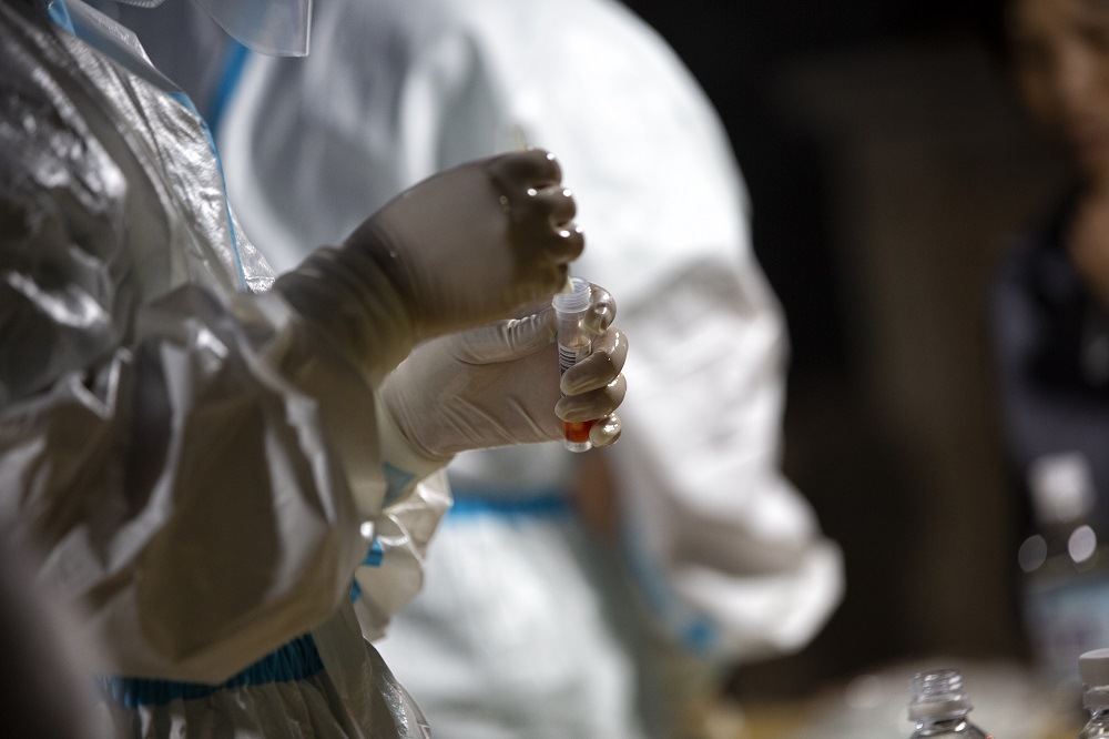 武汉全员核酸检测:全力配合,斩断传播 城市摄影队