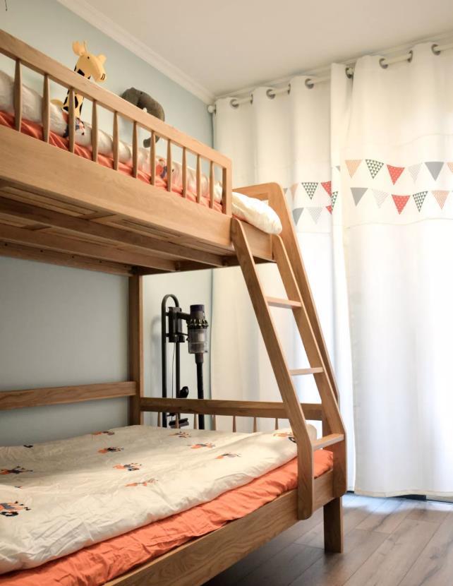 儿童房设计别再用榻榻米,16款儿童房布局设计方案,实用还好看
