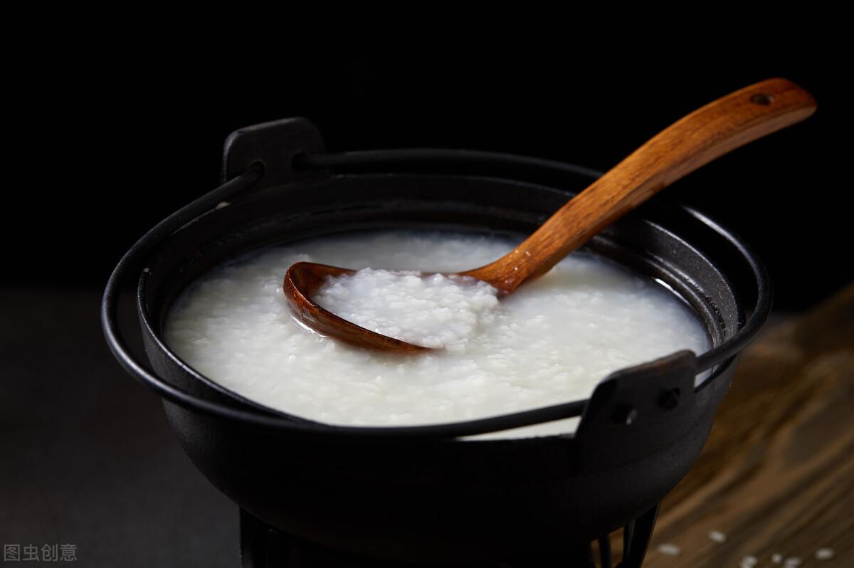 煮白粥有技巧,不要直接加水煮,粥铺老板分享一招,香浓又绵稠 美食做法 第8张