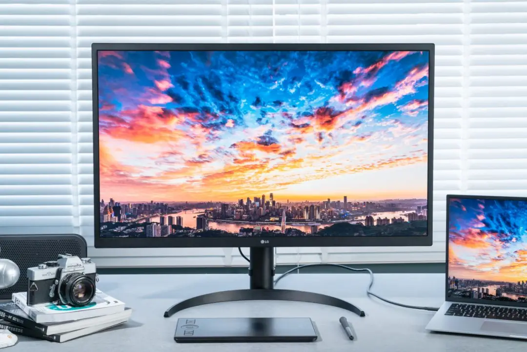 专业显示器的画质天花板!LG 32EP950 OLED显示器评测