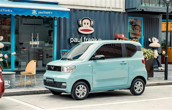 宏光MINI EV改款了,配置升级可跑高速,涨价4千接受吗?