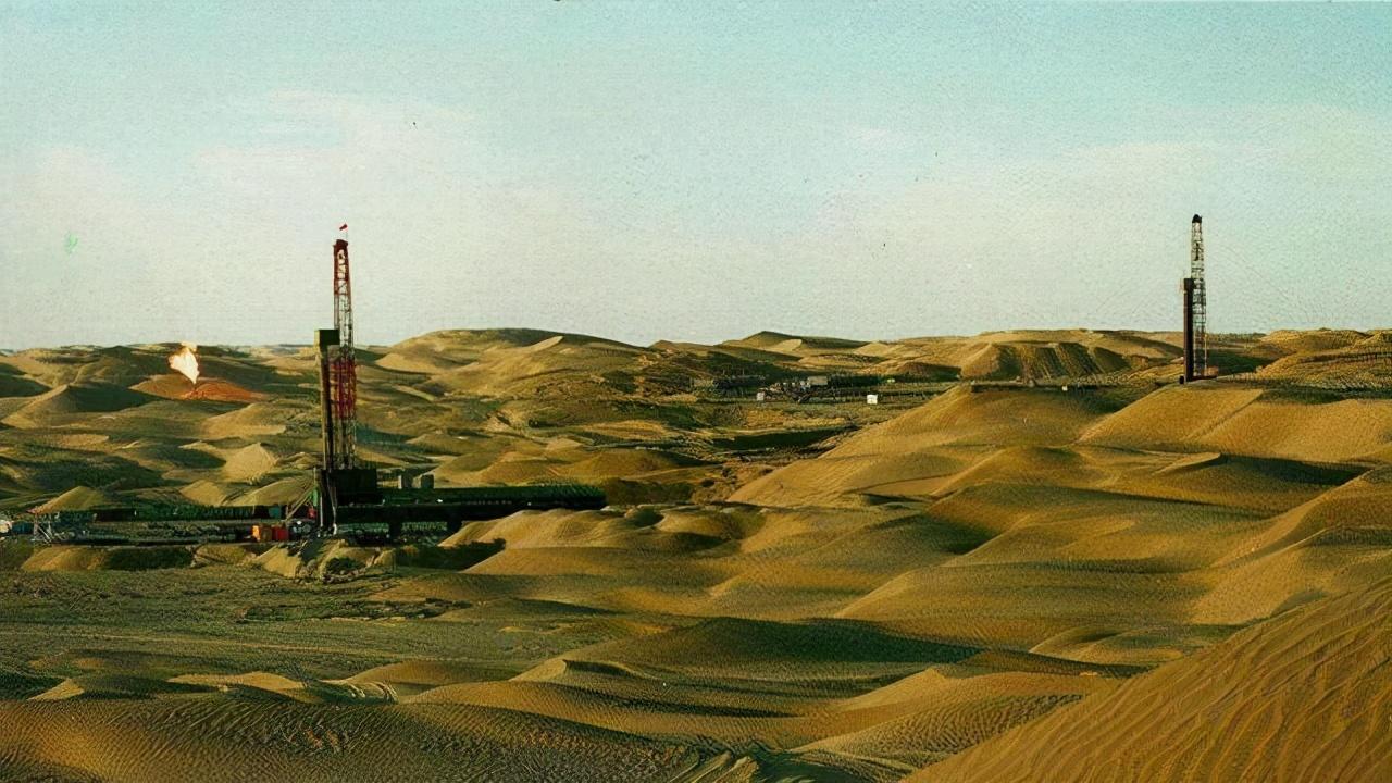 我国塔里木盆地石油含量远超178亿吨,为何还要花钱购进石油?