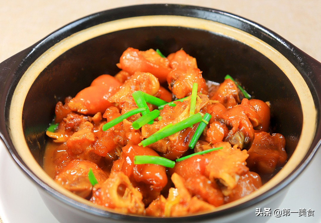 【砂锅炖猪蹄】做法步骤图 软烂入味肥而不腻 吃不过瘾