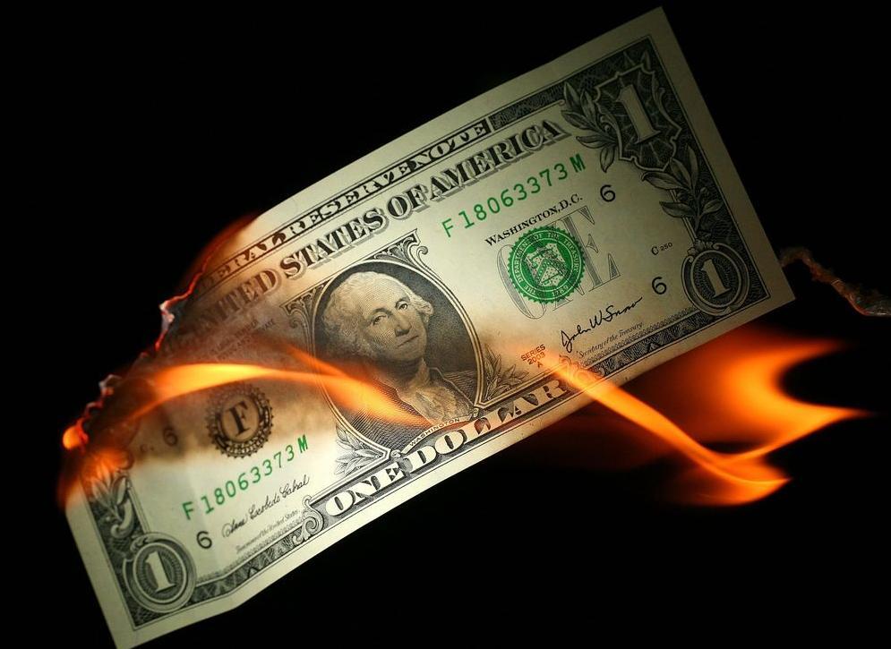 中國為何買那么多美債(中國拋售美債是拋給誰)