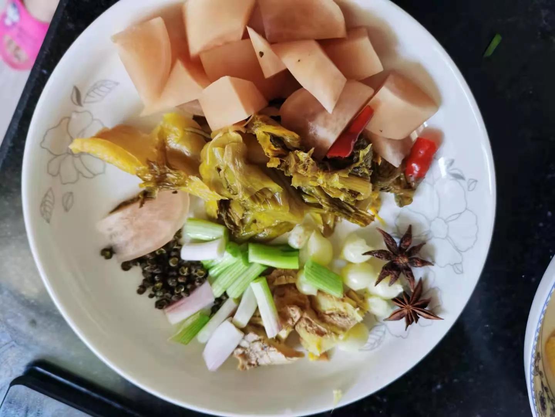 四川人这样炖的炖猪脚好吃又开胃非常下饭 美食做法 第4张