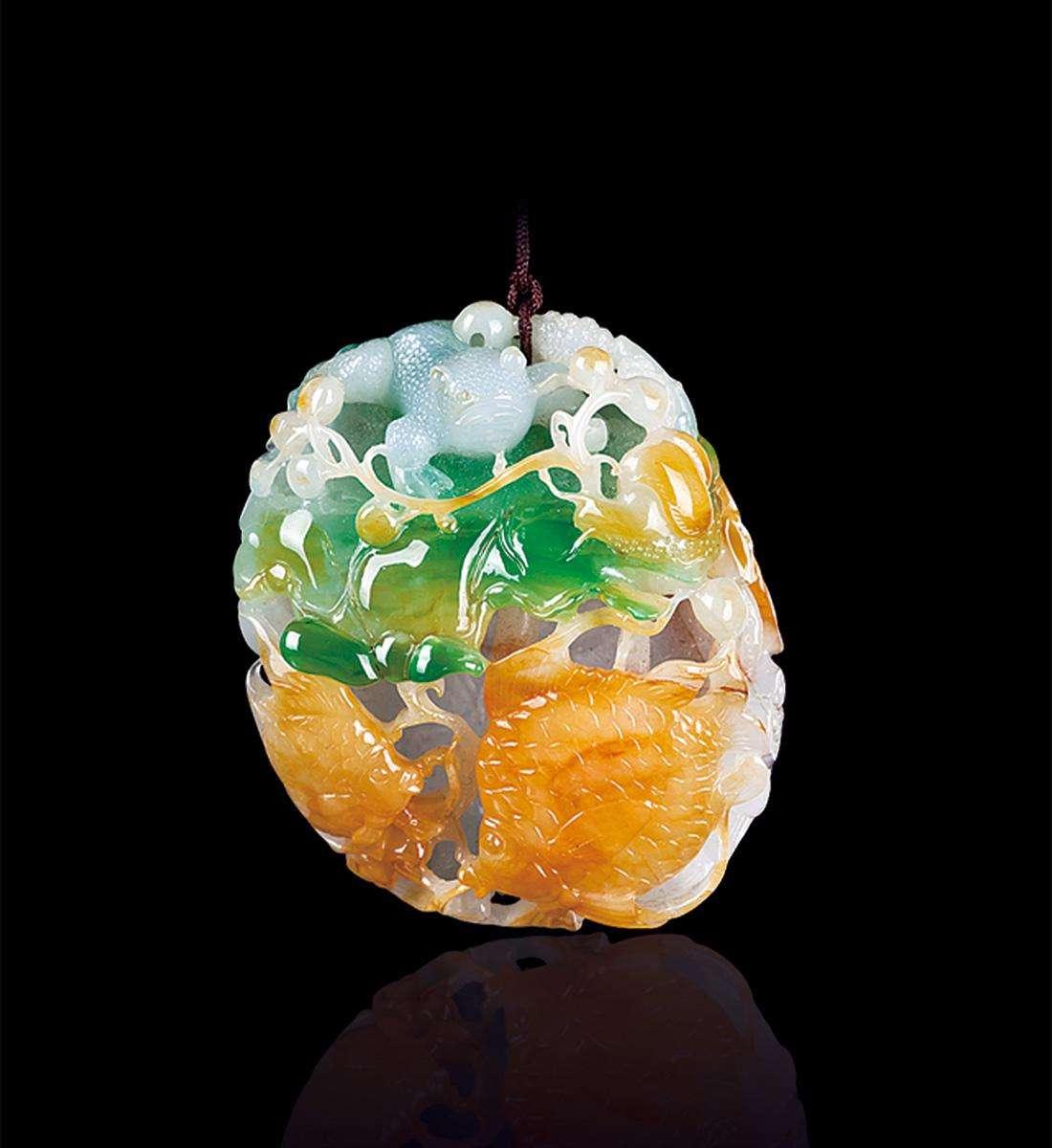 老坑玻璃种竟然卖白菜价:差的雕刻工艺让好翡翠一文不值