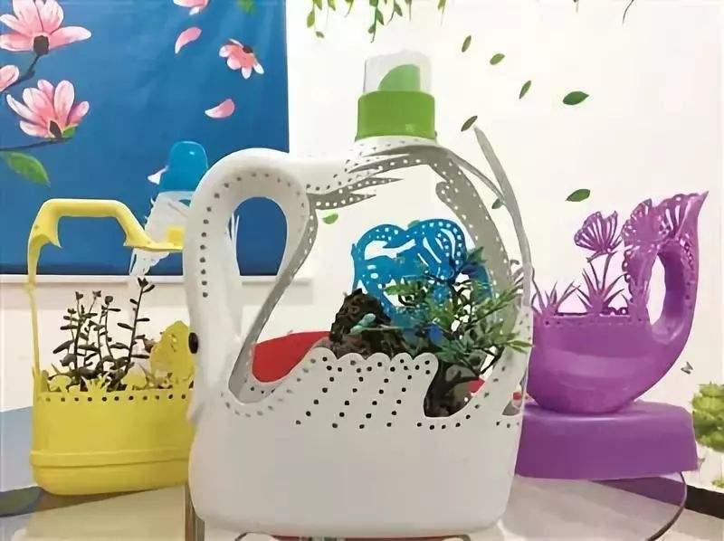 空洗衣液瓶子不要扔,只需几步就能变成漂亮的花盆 家务妙招 第9张