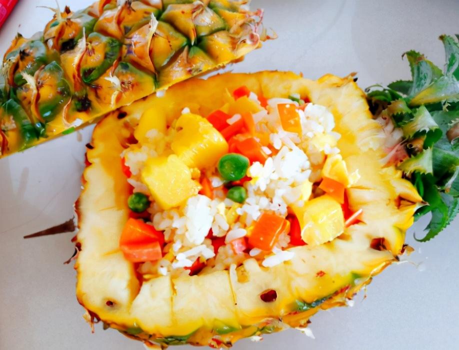 菠萝饭的做法步骤图 饱腹感强