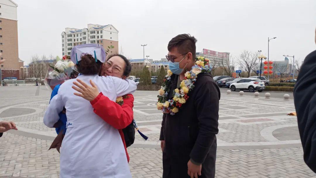 坐标鄂尔多斯!蒙古族传统礼仪欢迎援湖北英雄回家!