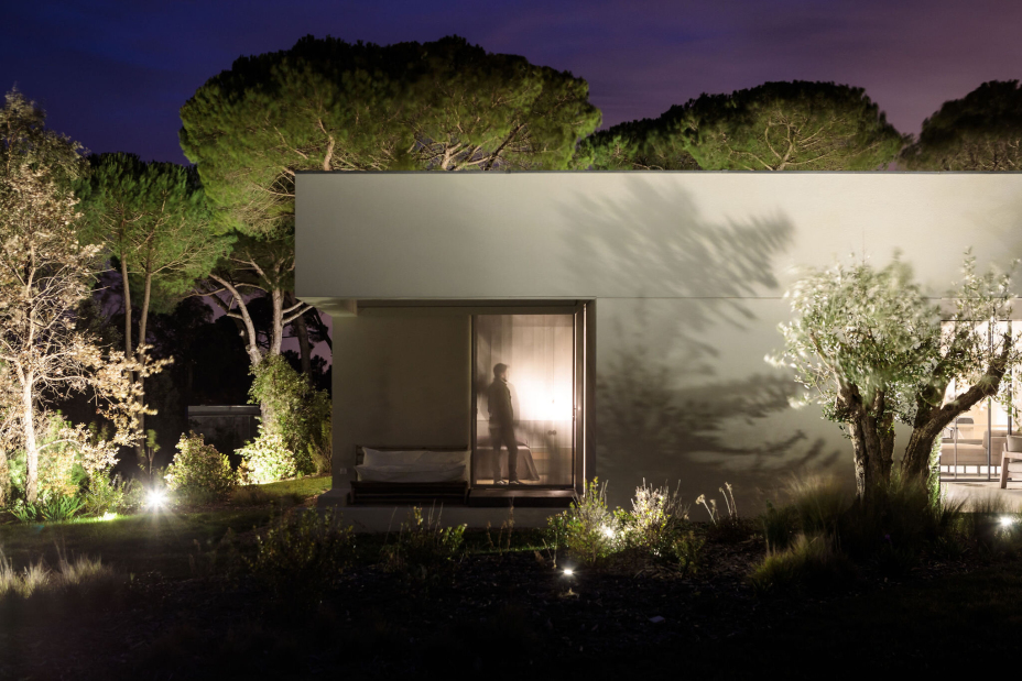 泛欧极简主义建筑设计:私人住宅品质生活