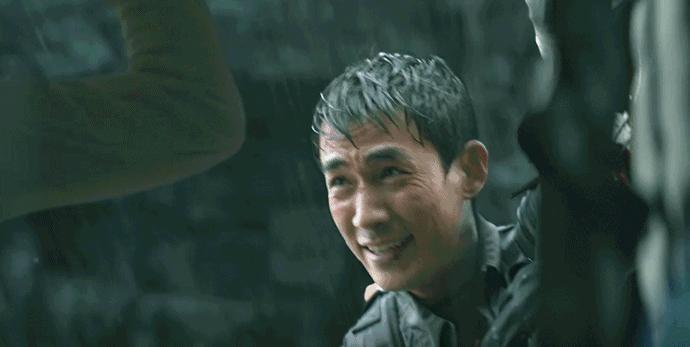 《峰爆》,灾难不是只有世界末日,生命遇险就是灾难