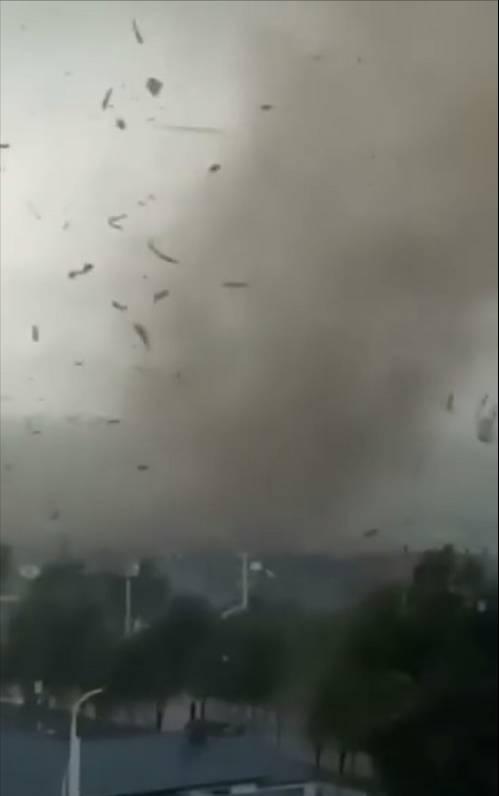 最新!黑龙江尚志遭龙卷风袭击,哈尔滨巨型龙卷风形成原因已查明