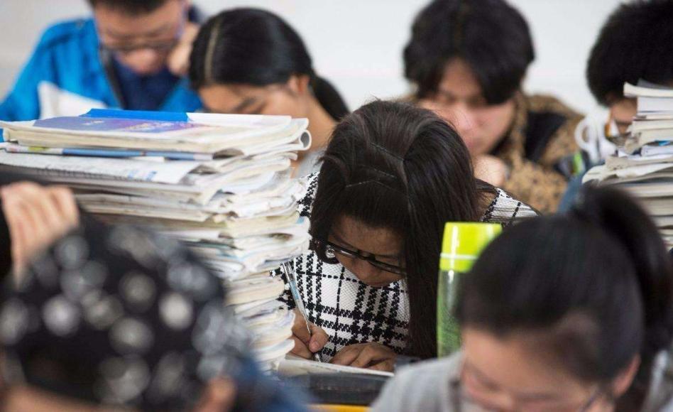 2021高考改革最新方案对复读生有什么影响 这些地区已出台政策复读需谨慎