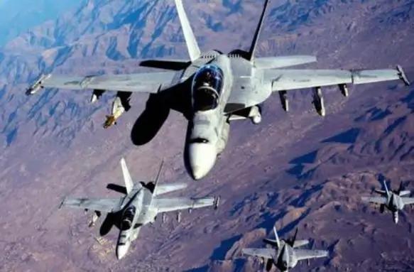 4000架军机被秘密隐藏起来,秘密组建空军力量战力堪比俄罗斯