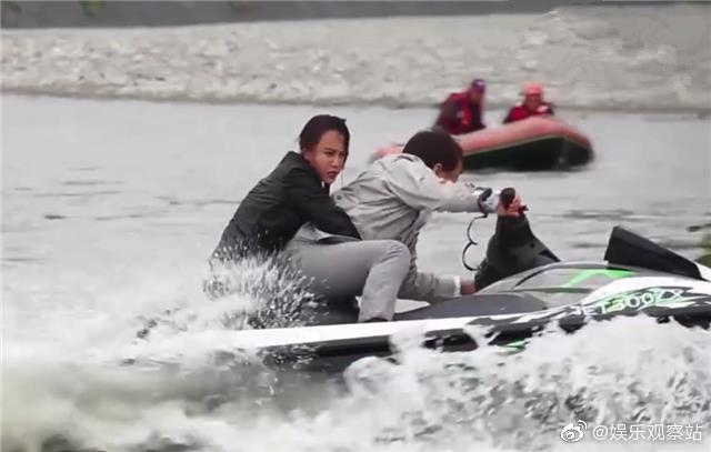 成龙自曝拍新片时意外溺水