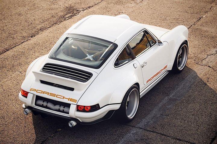 Singer设计改装500马力的1990款保时捷911