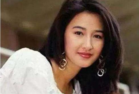 1995年,关咏荷带张家辉见父母,张家辉:她家的厕所比我家大