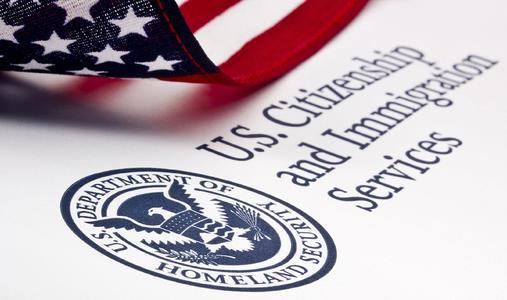 留在美国还是回国?专家解读美国新留学签证政策