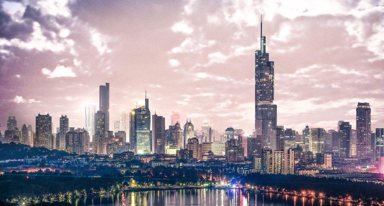 """南京和苏州,谁才是""""江苏第一城""""?"""