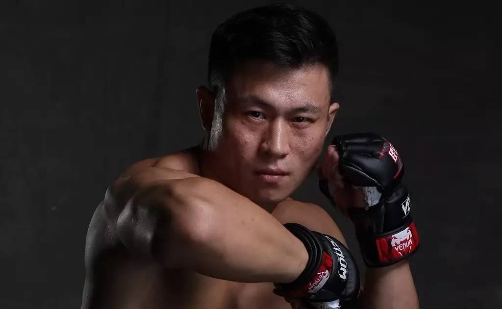 王赛痛批散打哥拳赛,李景亮怒了:我有UFC合约,否则愿打王赛