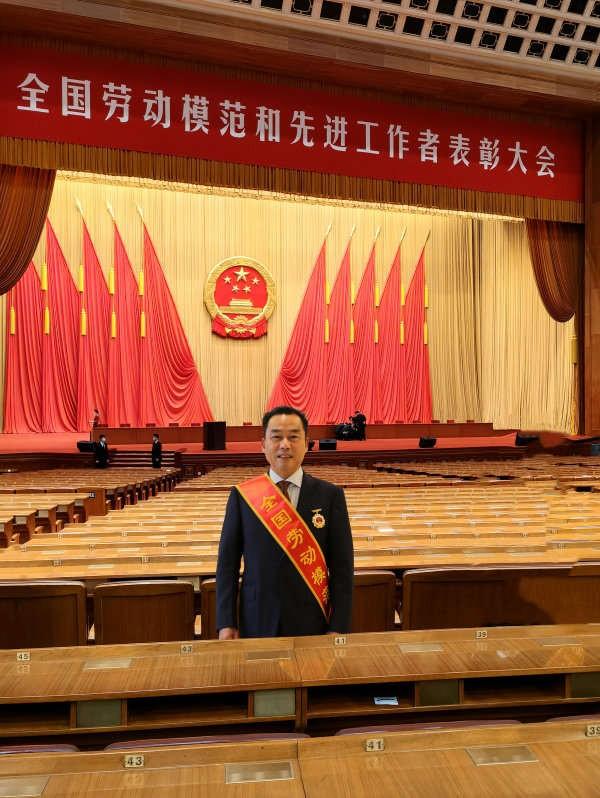 """中國""""藥神""""!這8位董事長,都畢業于同一所大學,還都是醫藥""""巨頭""""!"""