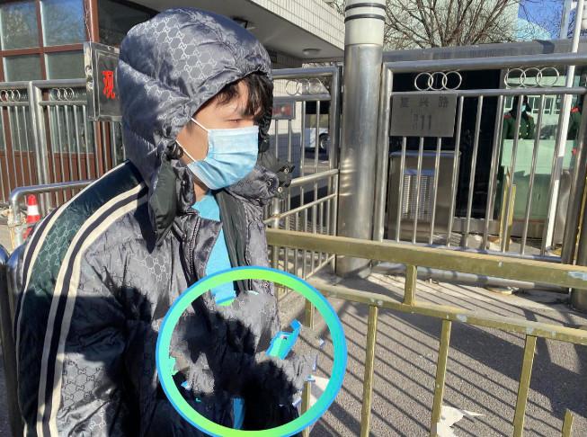 春晚语言类终审:李佳琦穿2万元外套高调现身,贾玲张小斐再合作