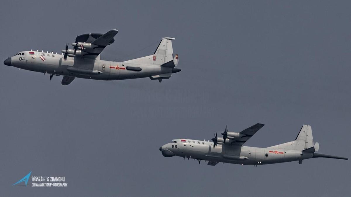 中美台海激烈交鋒,美軍大批戰機連續逼近,解放軍預警機全程監控並喊話驅離