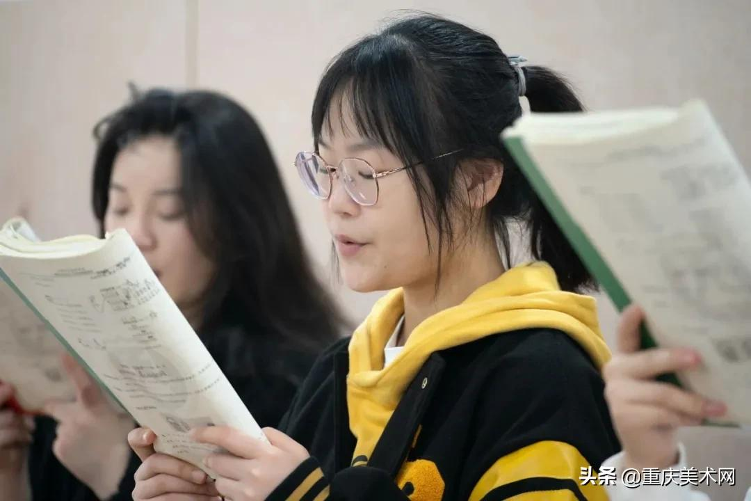重庆艺考生不知道怎么选择保底院校?你应该考虑这些因素