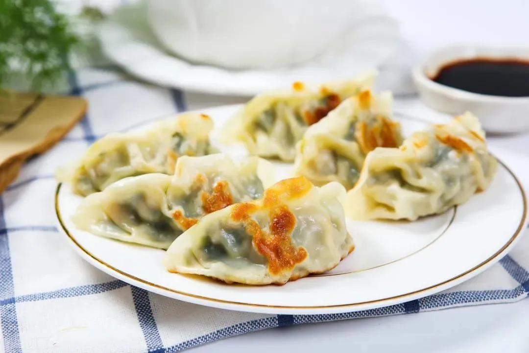 调饺子馅时,加这几样东西,饺子又香又好吃