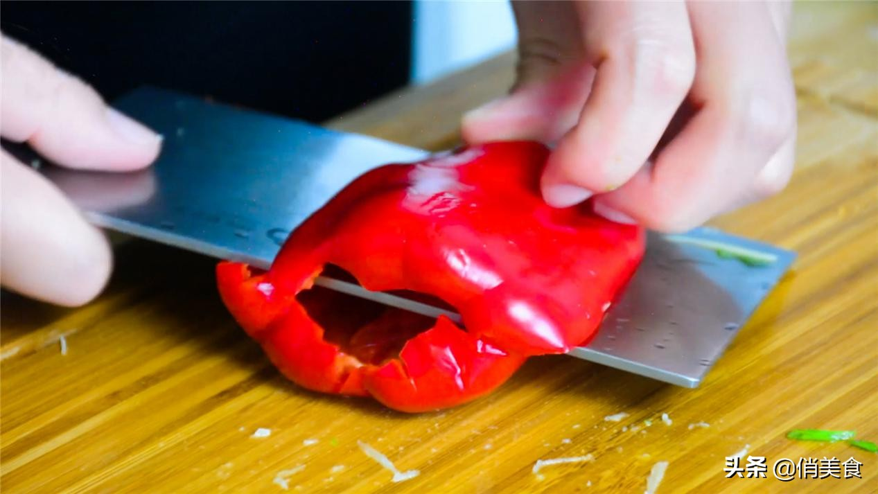 多宝鱼这样做才好吃,简单几步,肉质鲜嫩入味,过节不愁做鱼了