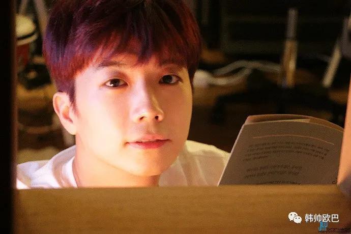 韩网友喜欢的JYP釜山出身的爱豆们