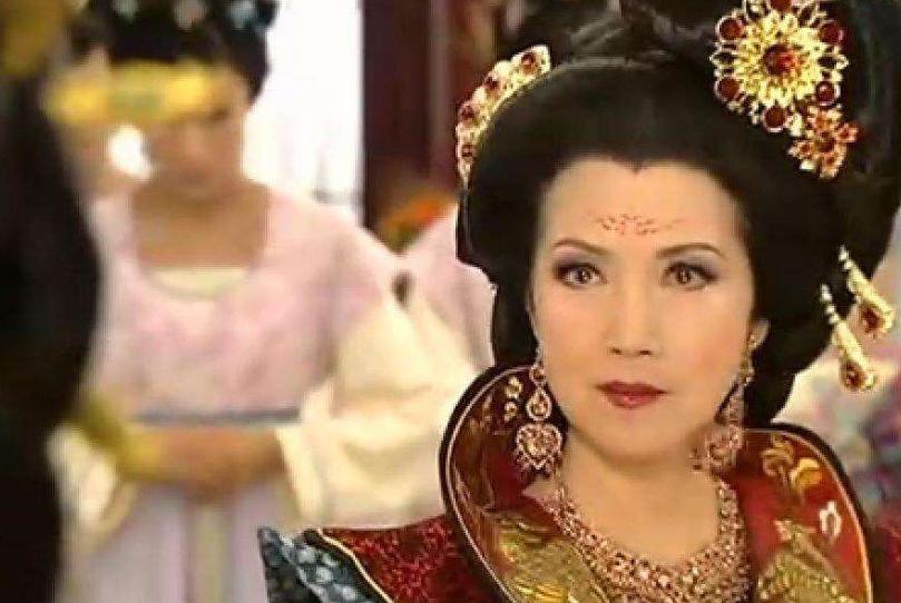 18岁当皇后,24岁称朕,辽国萧太后的人生到底有多彪悍?
