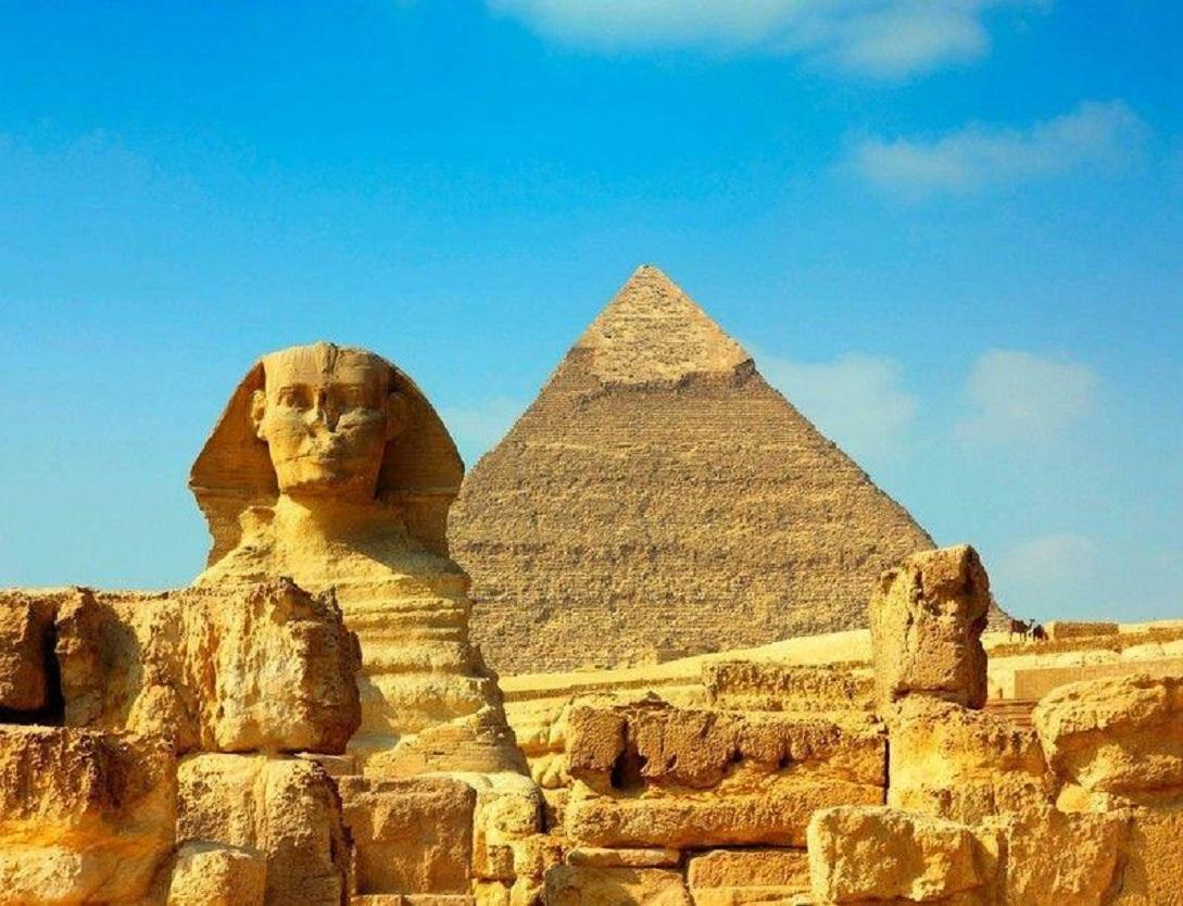 古埃及人開始脩金字塔的時候,中國人的祖先都在幹什麼呢?