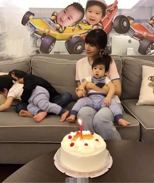 林志穎雙胞胎兒子送媽媽手工禮物慶祝母親節,陳若儀太感動笑開花