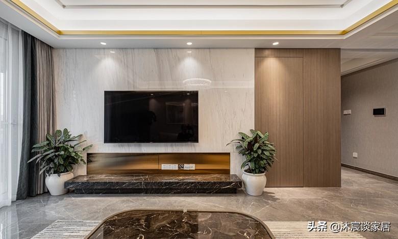 若再裝修,我就選現代輕奢風,灰色瓷磚通鋪在室內,真是高階大氣