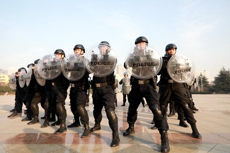公安临渭分局反恐怖宣传教育活动在渭南师范学院正式启动