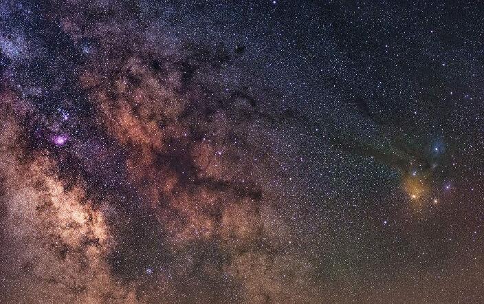 在一次无与伦比的大爆炸中分裂成无数碎片,今天的宇宙是这样的吗