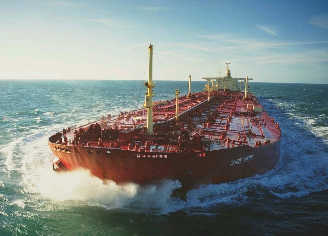 127艘超级油轮驶向中国,意外透露中国战略安全短板?