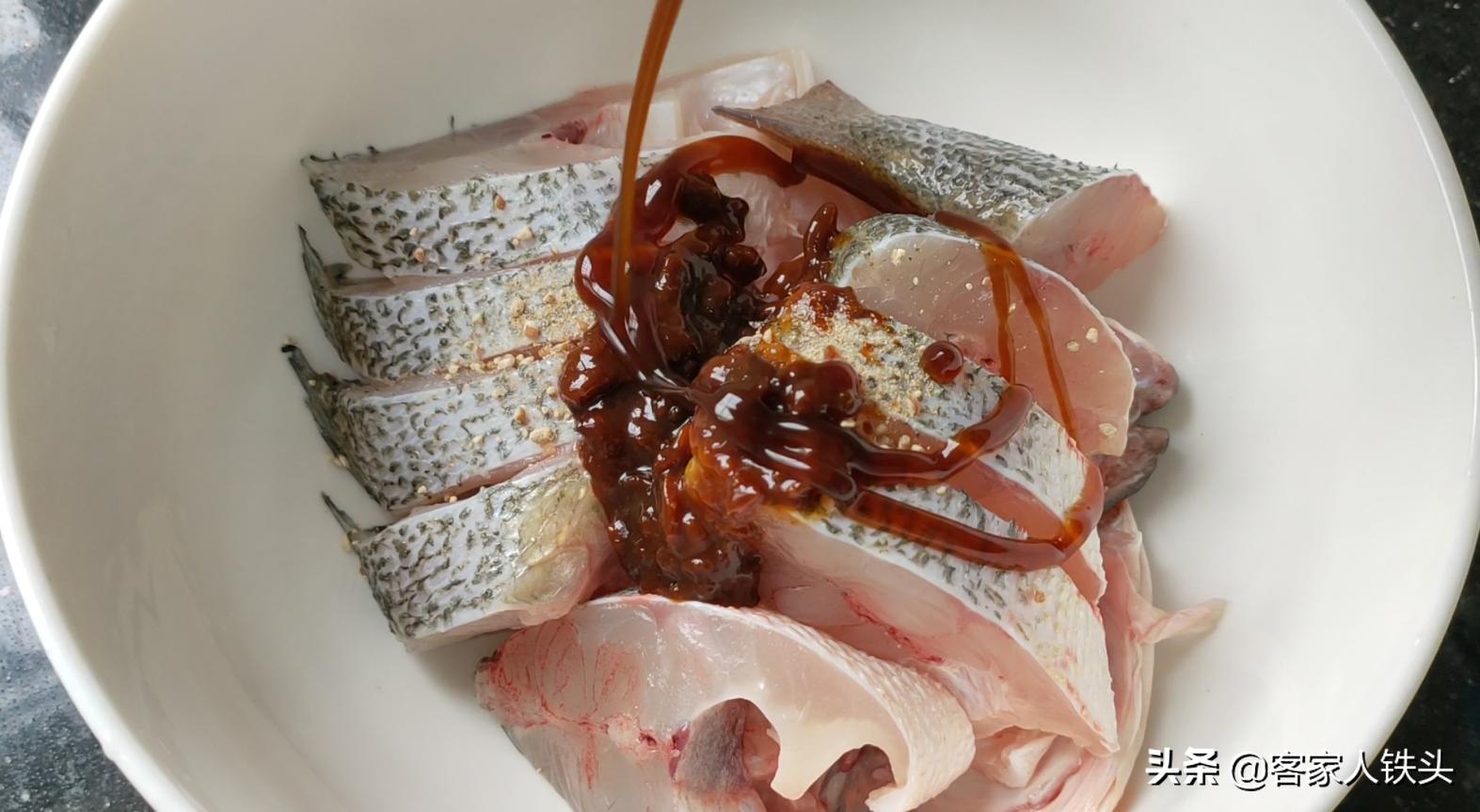 天冷吃魚別煎炸,試試一個懶人做法,6分鐘出鍋,好吃不腥口感滑