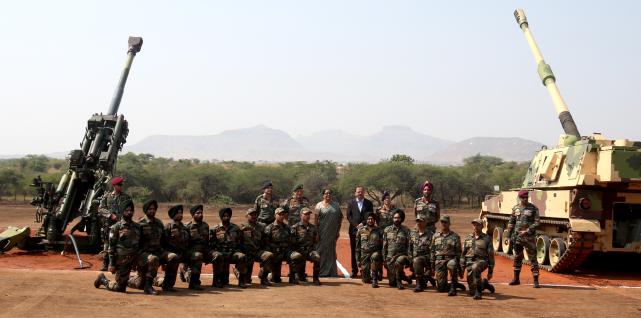 大口径炮弹都造不好,炸膛多次,印度就这水平也想和解放军对战?