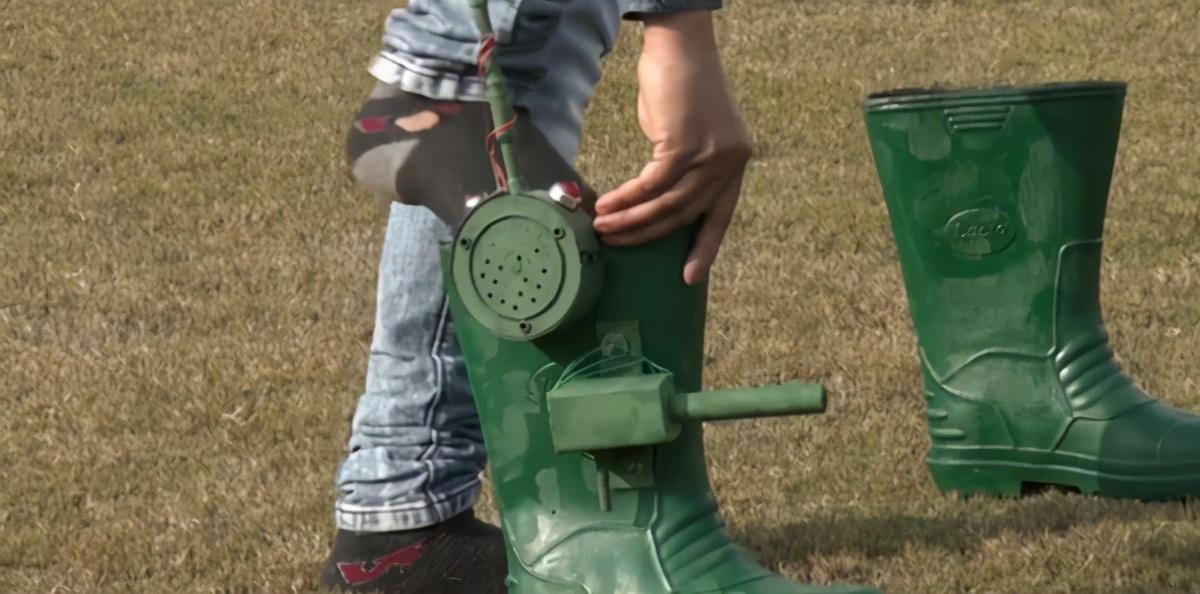 印度发明会开枪的靴子,打算投入军队中使用,奇葩设计引热议