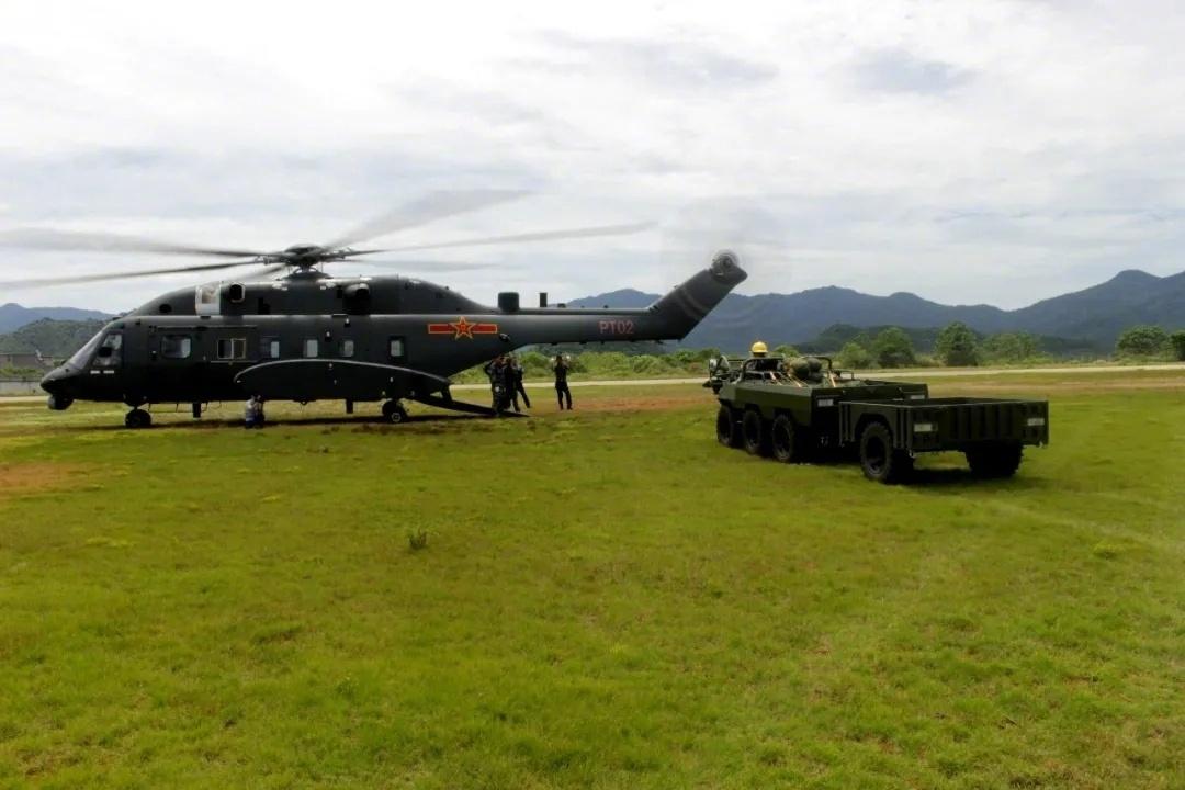 疑似出现我军新型空降战车,机降部队要有依托进攻,防敌方逆袭