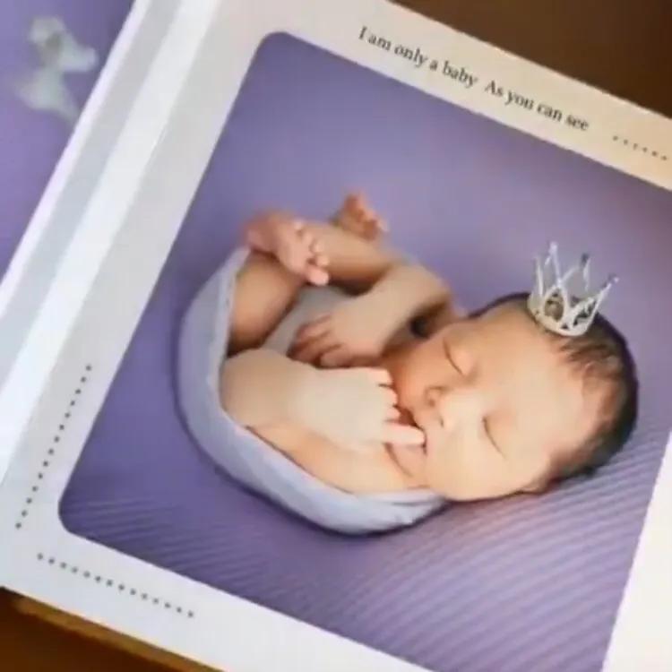 李亞男曬二胎女兒滿月寫真集,小公主清秀甜美,模樣越來越像媽媽