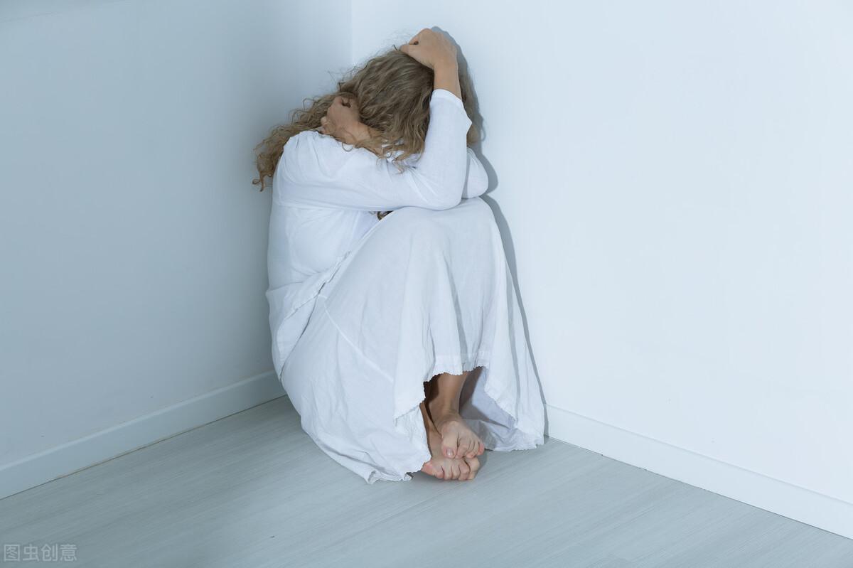 抑郁症患者的表情和说话与常人不同,很多人没注意到 心理调节 第3张