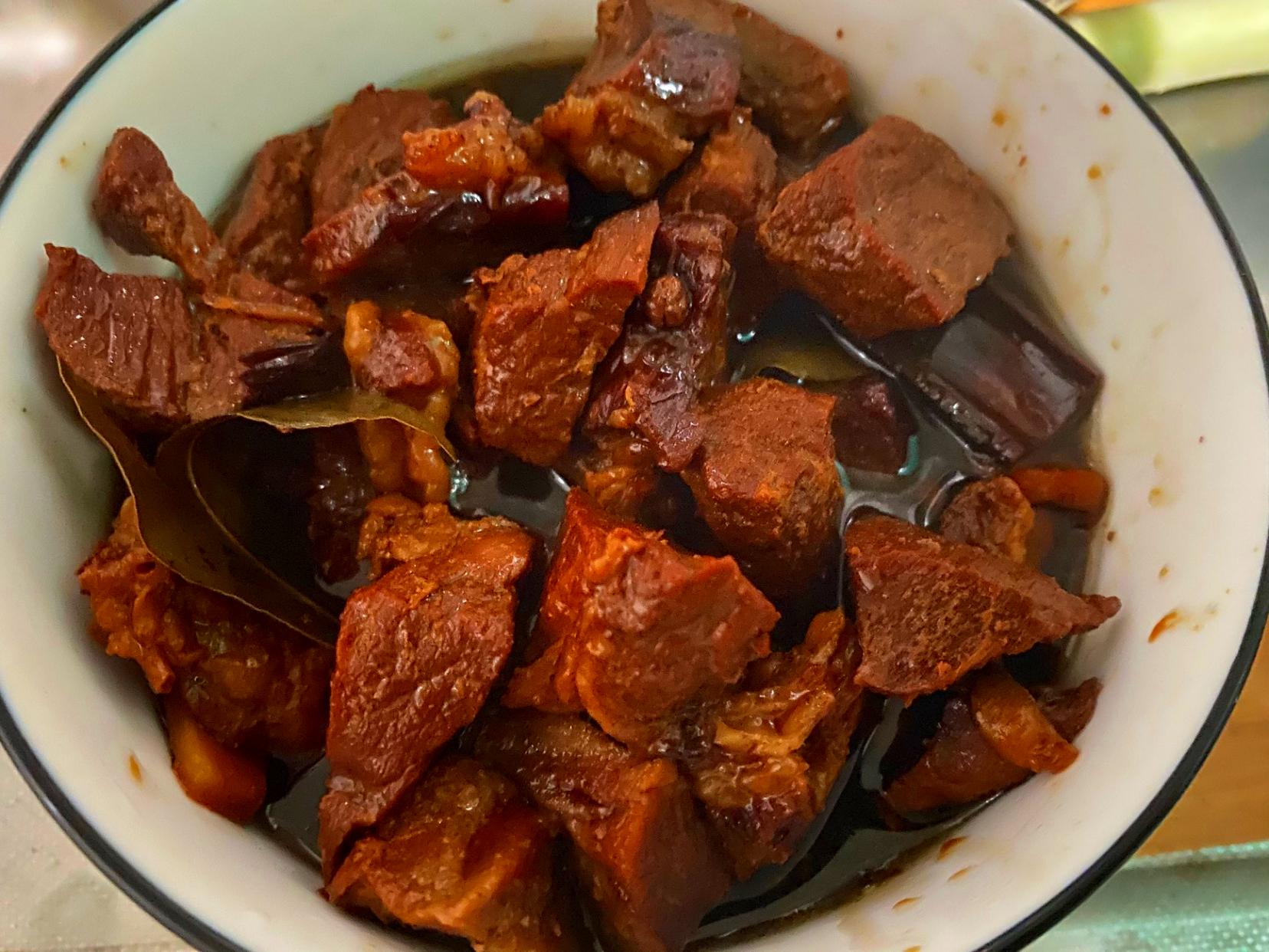 牛肉怎样炖更好吃?大厨教你3个小技巧,软烂鲜香,好吃没有腥味