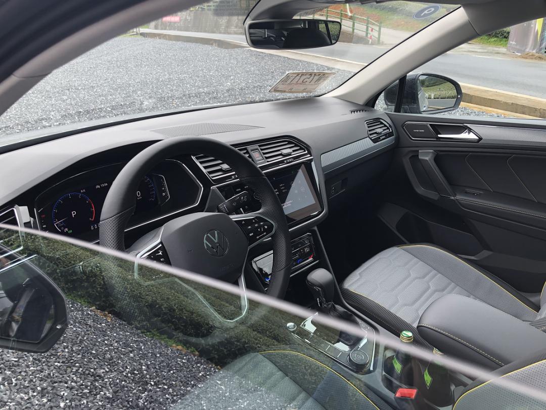试驾途观X,实力与颜值并存,对得起轿跑SUV的定位