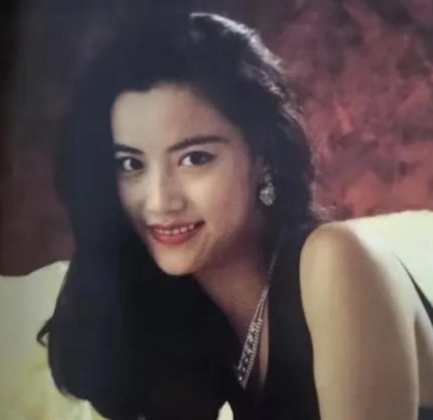 让谢霆锋收心变乖的女人不是王菲,而是这个49岁的单亲妈妈