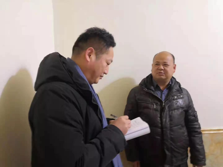 陆宏晓:用手中的笔讲述公益故事